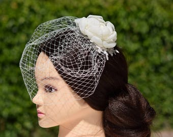 Wedding Veil, Birdcage Veil, Bridal Headpiece, Wedding Fascinator, Bridal Hair FLower, Wedding Hair Piece, Flower Veil, Flower Hair Clip