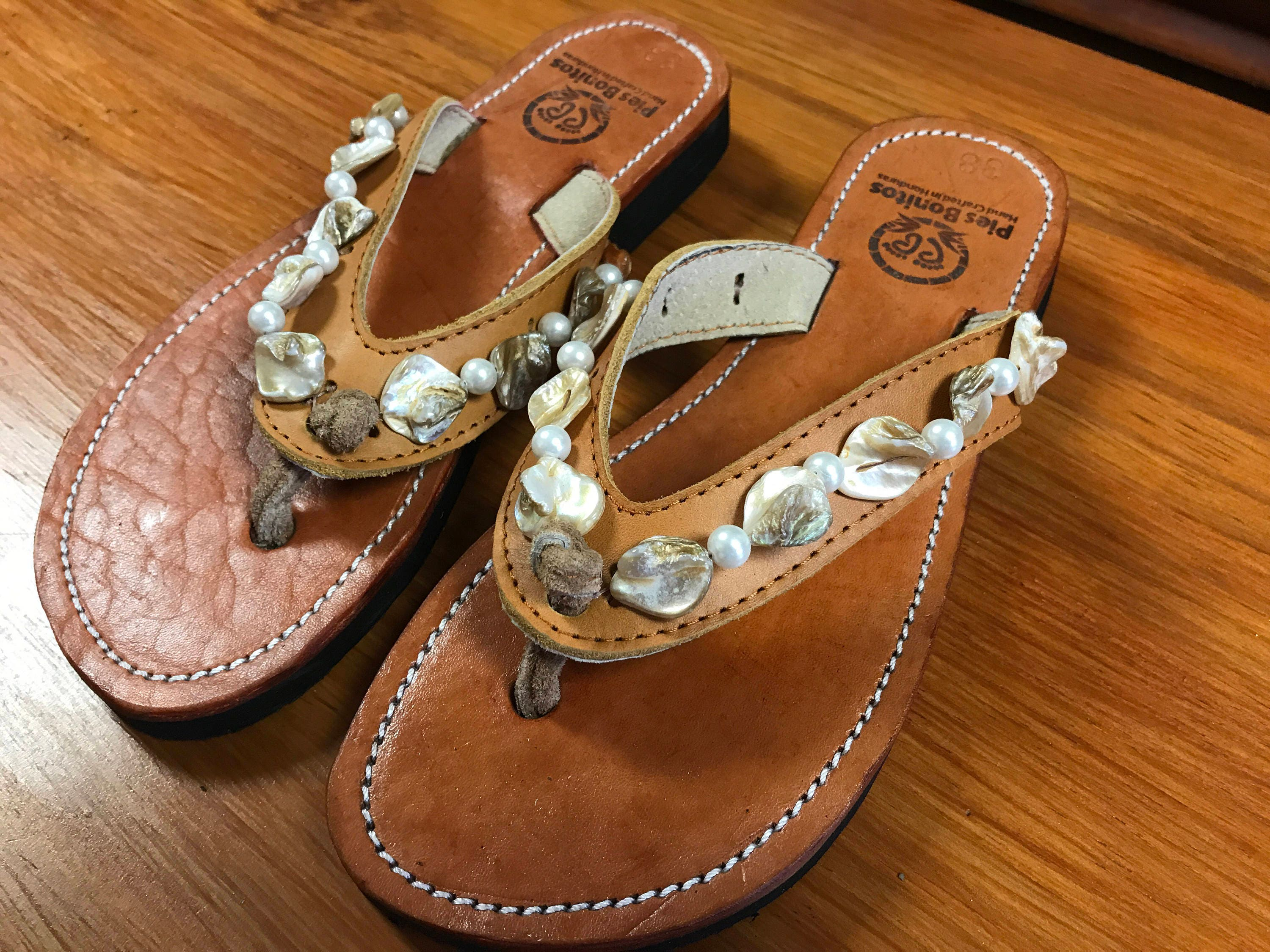 6ce74a33ae5b Handcrafted beaded leather sandals mother of pearl and shell beads jpg  3000x2250 Shell flip flops