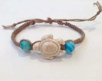 Turquoise and White Sea Turtle Bracelet - Sea Turtle Jewelry - Beachy Bracelet - Hemp