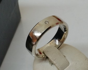 16.8 mm Ring silver 925 with small diamond SR756