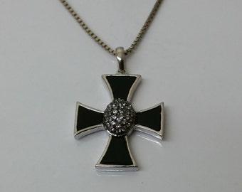 Trailer iron cross silver Onyx Crystal SK590