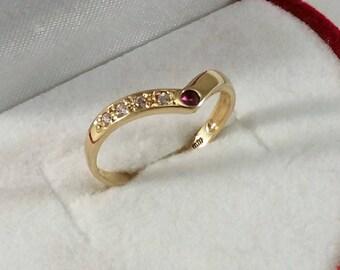 Ring gold 333 Rubin & Crystal stones rar GR159