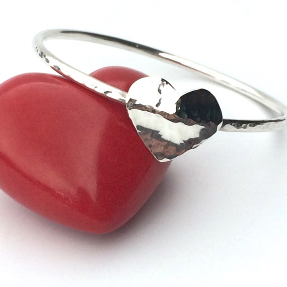Hammered or Shiny Handmade 2mm Silver Heart Bangle