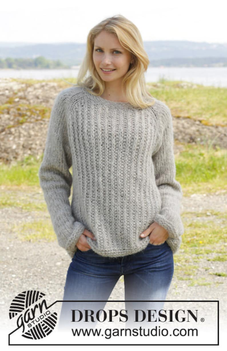 a8f1cdad8128ae Knitted DROPS jumper with raglan Alpaca Silk hand knit
