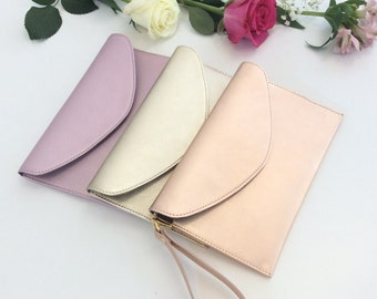 Leather Wristlet Pouch.Envelope leather bag.Leather clutch.Gift.Bridesmaid leather bag purse clutch.Metallic clutch pouch.Leather pouch.