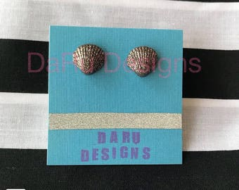 sea shell earrings, tropical earrings, beach earrings, summer earrings