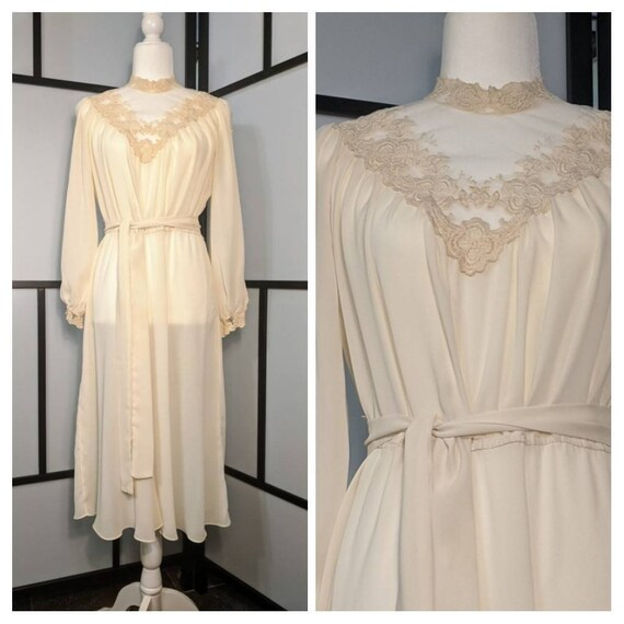 Vintage Sheer Chiffon and Embroidered Lace Off Whi
