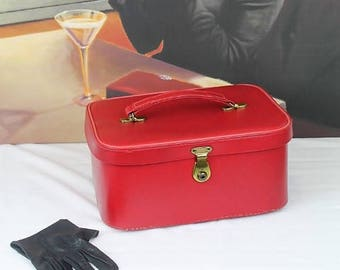 Vintage Vanity Case/Red Vanity Case/Vintage Luggage/Vintage Red Train Case (Ref1983V)
