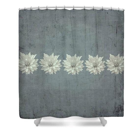 st hlernen rustikale duschvorhang etsy. Black Bedroom Furniture Sets. Home Design Ideas