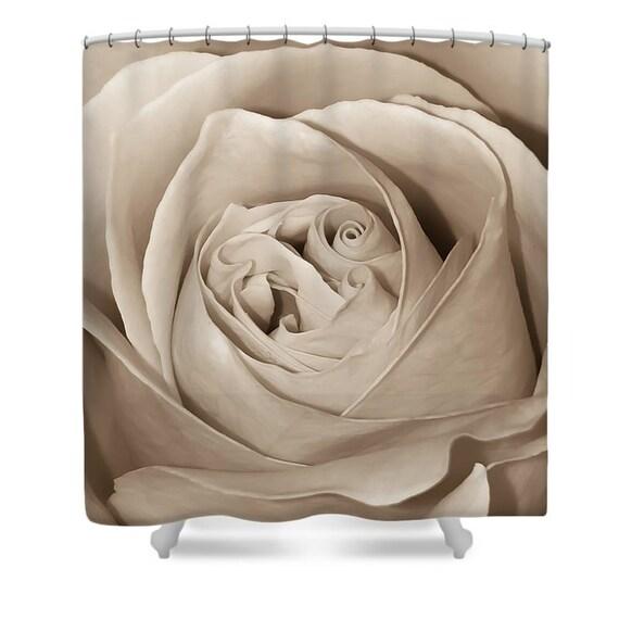 cremige sepia rose designer dusche vorhang makro blume bad etsy. Black Bedroom Furniture Sets. Home Design Ideas
