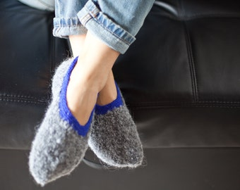 Knitted slippers, Womens slippers, Pure wool slipper socks, Wool home shoes, Grey Boucle slippers, Indoor hand knitted shoes, WoWool