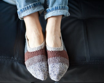Knitted slippers, Womens slippers, Wool slipper socks, Wool home shoes, Grey, Black and Brown slippers, Indoor hand knitted shoes, WoWool