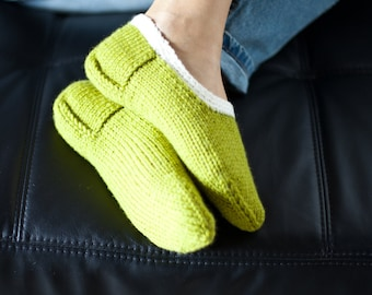 Knit slippers, Womens slippers, Pure wool slipper socks, Wool home shoes, Green slippers, Red slippers, Indoor hand knitted shoes, WoWool