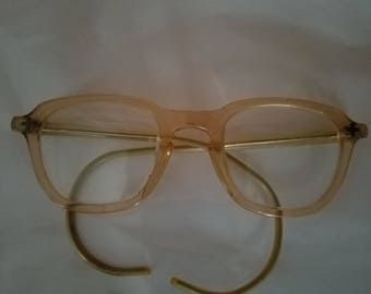 594f3791f51 Vintage Bausch and Lomb Safety Glasses Peach 4622