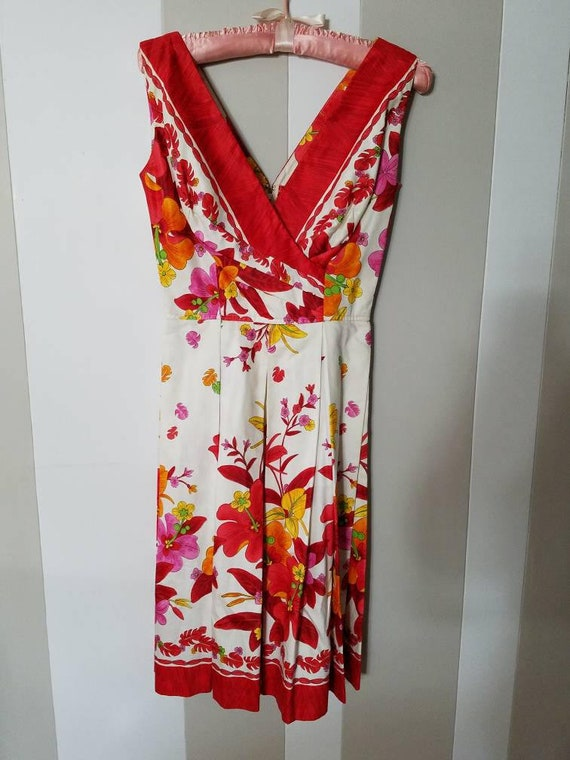 Beautiful Vintage Kamehameha Floral Dress