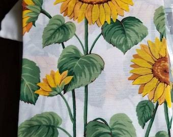 Vintage Aberdeen Sunflower Tier Curtain