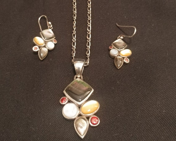 FREE SHIPPING- 925 Sterling Silver Dangling Earrings with Matching Necklace Pendant. Clustered Semi-Precious Stones. Made in Thailand