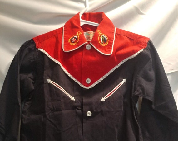 FREE SHIPPING- Vintage Roy Rogers by Rob Roy Western Style Boy's Long Sleeve Button Down Shirt. Stitched Details.  Roy Rogers & Trigger.