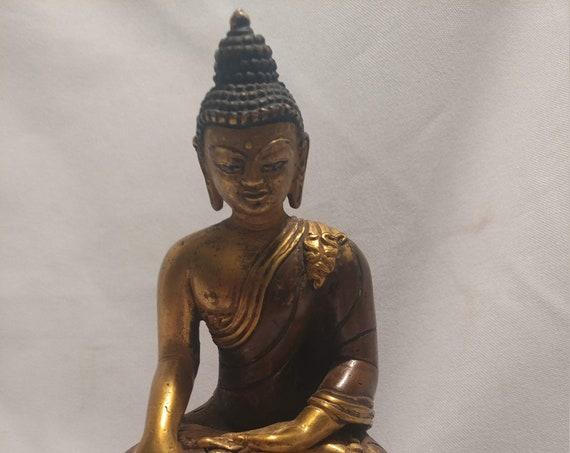 """FREE SHIPPING- Bronze Tibetan Seated Bodhisattva Sakyamuni Shakyamuni Buddha Statue.  Weighs 825 Grams. Sized 4"""" Wide x 6-1/2"""" Tall"""