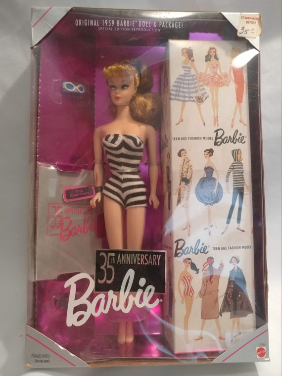 FREE SHIPPING- 1993- 35th Anniversary Barbie. Reproduction 1959 Doll & Packaging. New in Box. #11590
