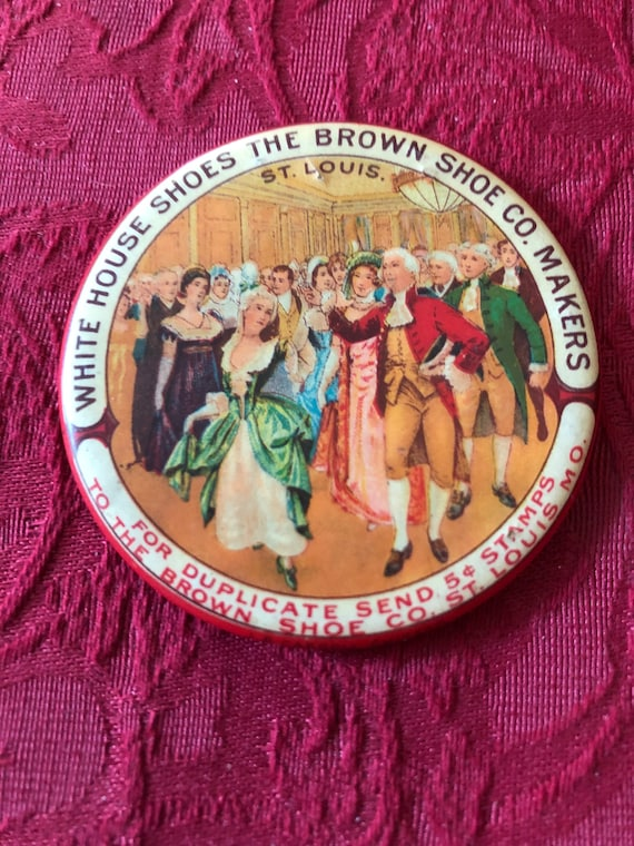 FREE SHIPPING-Celluloid Antique Advertising Saint Louis-Pocket Mirror