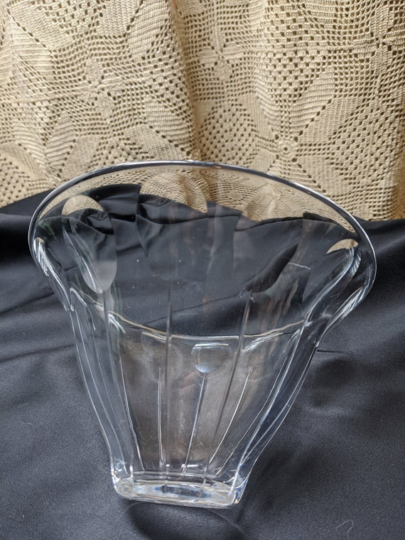 """FREE SHIPPING- Vintage Orrefors Crystal Decorative Bowl. Flared Design. Signed and Numbered on Base- #3138. 7"""" Diameters Across."""