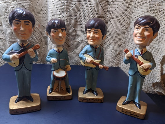 FREE SHIPPING- ORIGINAL Beatles Nodder Bobble Head Dolls! Great Condition! Original Sticker on the Base. All 4 Present & Ready to Rock!
