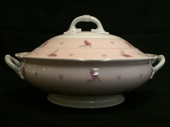 "FREE SHIPPING-Rare-Fabulous-Pink-Mid Century-Shelley-Pattern Lyric-Made England-Fine Bone China-10 1/2""-Covered Casserole Dish"