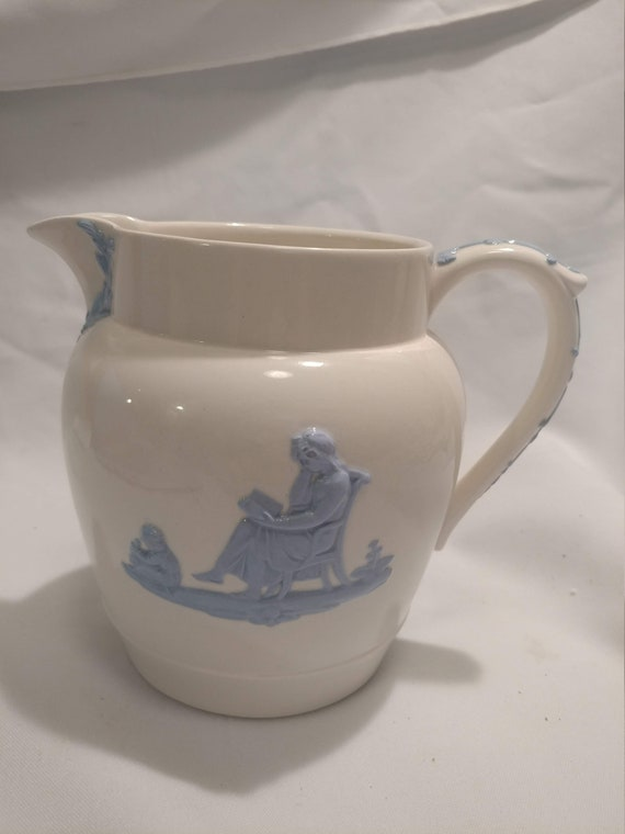 "FREE SHIPPING- Wedgwood of Etruria & Barlaston. Embossed Queen's Ware. Lavender on Cream. 40 oz Jug. 5-1/2"" Tall"