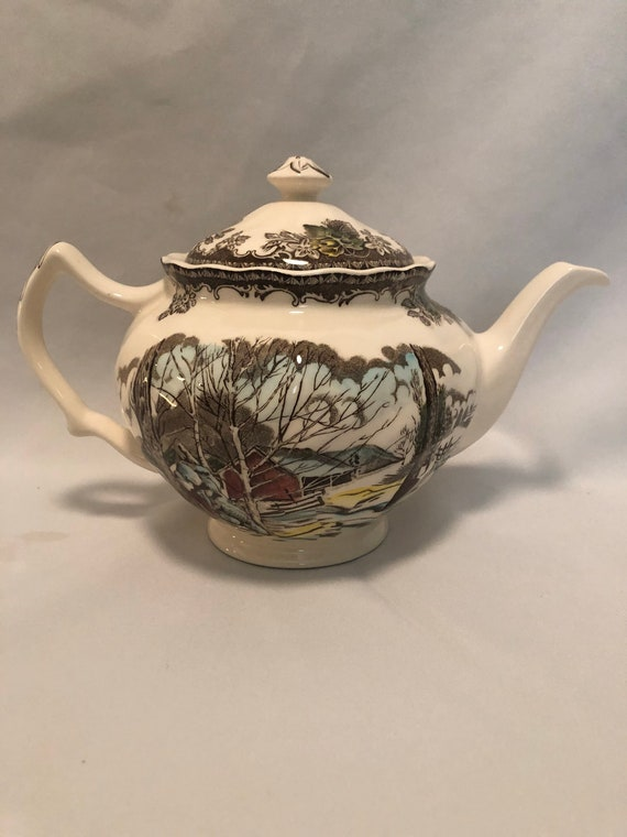 FREE SHIPPING-Johnson Brothers England -Friendly Village -Teapot