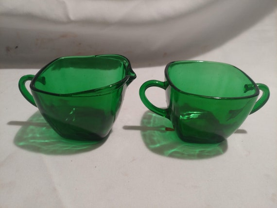 """FREE SHIPPING- Vintage Anchor Hocking Green Square Glass """"Charm Forest Green"""" Set with Open Creamer and Sugar Bowl."""
