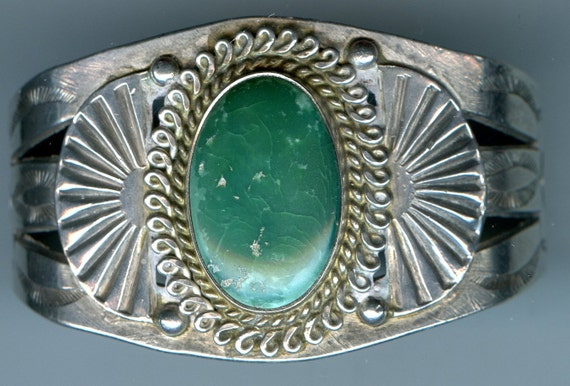 FREE SHIPPING-Vintage-1940's-Fred Harvey-Era-Green-Cerillos-Turquoise-Sterling-Silver-Cuff-Bracelet-Signed-Native American-South West