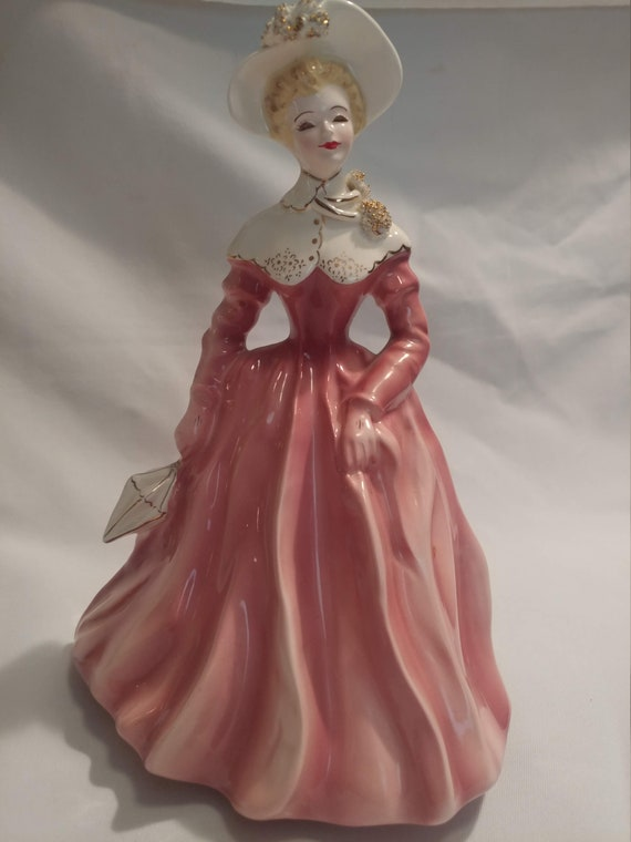 "FREE SHIPPING- Vintage Florence Ceramics of Pasadena, CA Porcelain ""Dolores"" Figurine in Pink Dress and White Hat with Gold Trim"