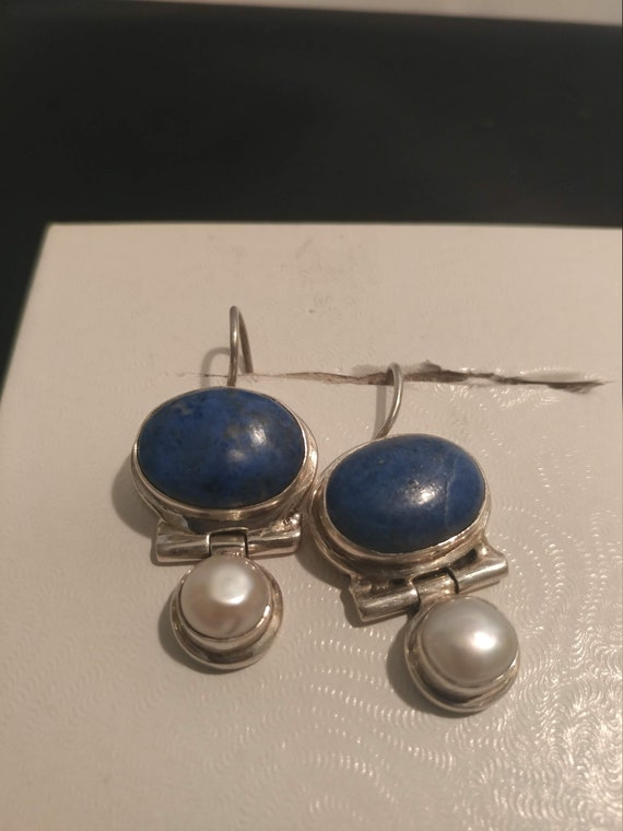 FREE SHIPPING*- Vintage 925 Sterling Silver Dangle Earrings with Blue Lapis Stone & Pearl. Pierced Ears. Beautiful!
