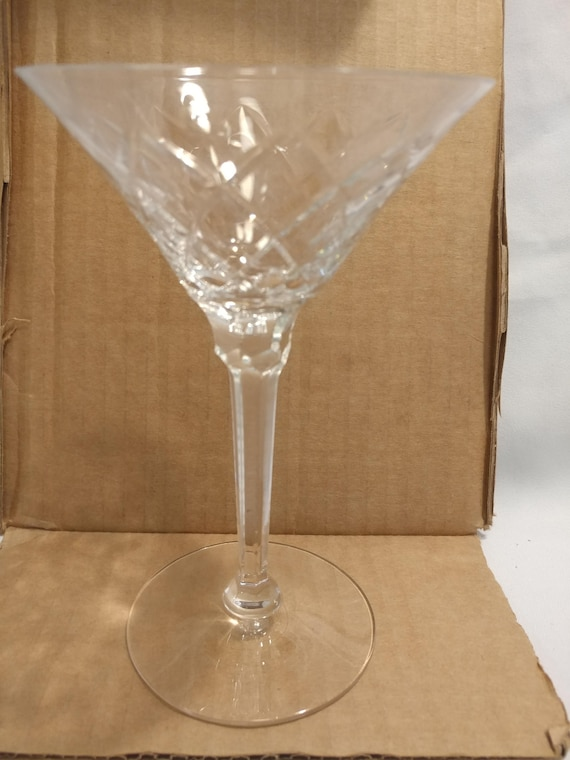 """FREE SHIPPING- Vintage Gothic by Seneca. 6-3/8"""" Tall x 4-1/4"""" Diameter. Tall Champagne/Sherbet Glasses."""