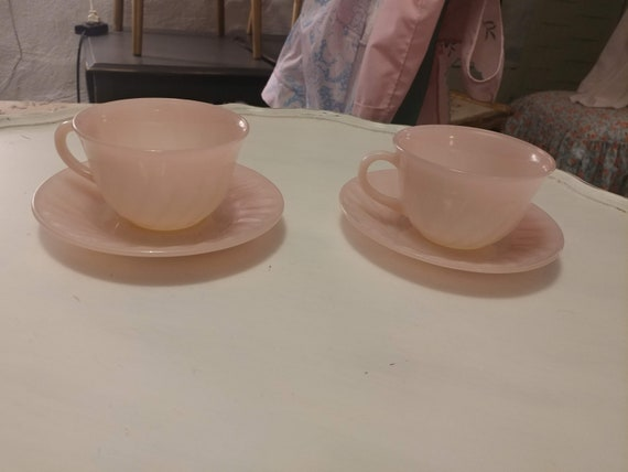 "FREE SHIPPING-  Pair of 2- Cups with Matching Saucers. ""Swirl Pink"" By Anchor Hocking. Pink Fired on White Milk Glass. Scalloped Edges"