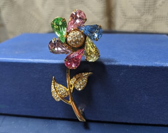 FREE SHIPPING- Lovely Gold Toned Flower Shaped Brooch Pin with Multicolored Crystals and Articulating Petals, Joan Rivers Signed.