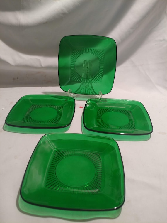 """FREE SHIPPING- Vintage Anchor Hocking """"Charm Forest Green"""" Square Green Glass  6-5/8""""D Square Salad Plates. Set of 4"""