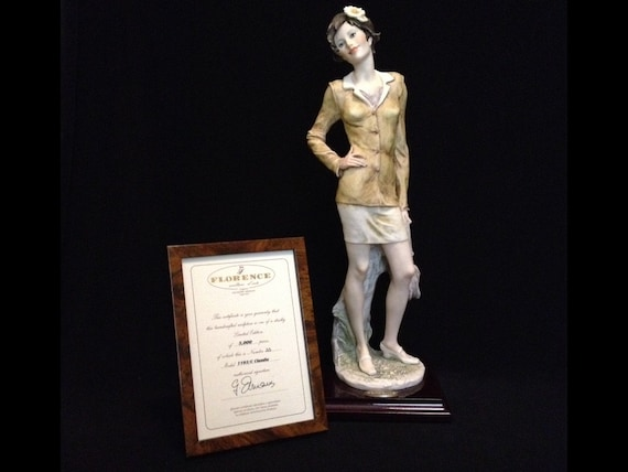 FREE SHIPPING--Giuseppe Armani-Made Italy-Limited Edition-Claudia-55/5000-1193/C-Figurine-With Certificate Of Authenticity