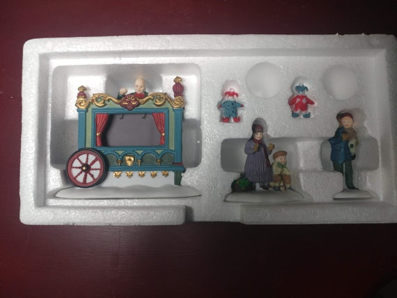 FREE SHIPPING- Dept. 56 Heritage Village Collection Accessories- The Old Puppeteer- #5802-5