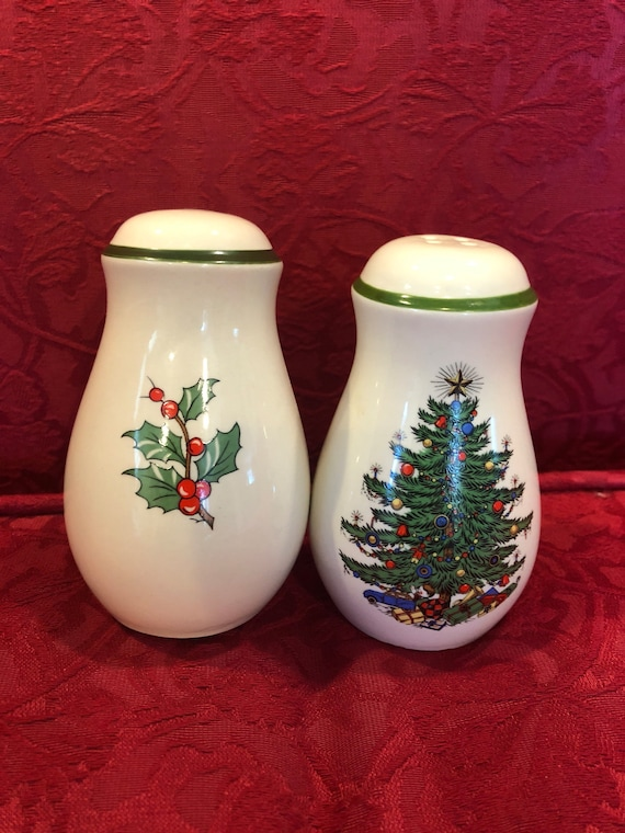 FREE  SHIPPING-Original Christmas Tree-Salt and Pepper Shakers-Cuthbertson-Made in England