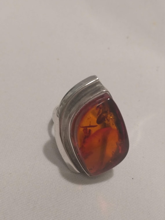 Vintage Ladies Chunky Ring. 925 Sterling Silver with Amber Stone. US Women's Size 9