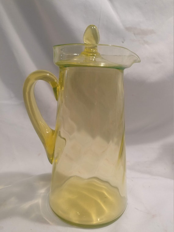 FREE SHIPPING- Vintage Depression Glass Vaseline Glass Pitcher with Lid. Excellent Condition!