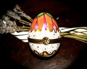 Limoges France Beautiful Hand Painted Egg Shaped Box Sku L209