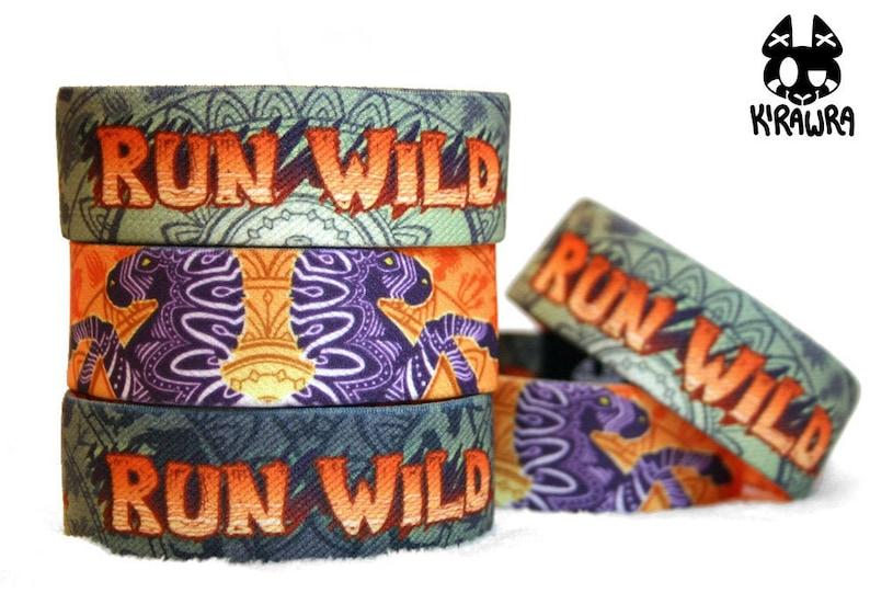 Run Wild: Reversible Elastic Wristband  Strap Bracelet image 0