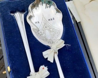 Mr & Mrs Boxed Wedding Vintage Servers, Wedding Gift,  All Original