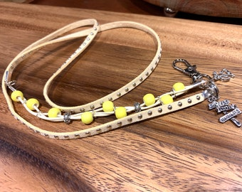 """Ivory Faux leather Lanyard Necklace Silver tone Yellow Glass beads eyeglasses Chain Keys Badge ID Holder 32""""-36"""" success Happiness sign"""