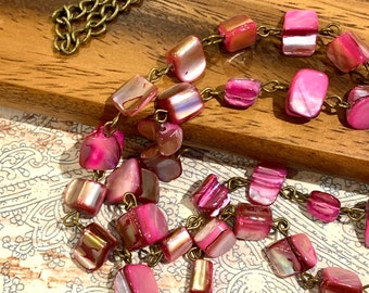 "Irregular Pink Sea Shell Face mask Chain Holder Eyeglasses Necklace Bronze tone  Chain Handmade 32"""