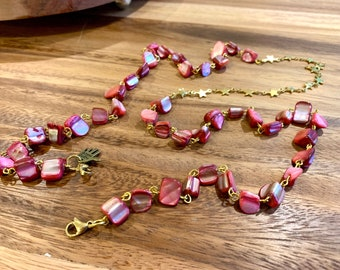 """Irregular Pink Sea Shell Face mask Chain Holder Eyeglasses Necklace Gold tone with Stars Chain Handmade 34"""""""