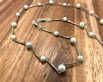 """Silver accent pearl Eye Glasses Eyeglasses chain Silver tone Chain 29"""" length glasses chain sister Friend gift mother grandmother wife gift"""